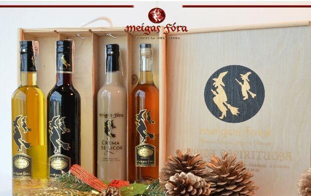 Caja de 4 botellas del mejor licor gallego