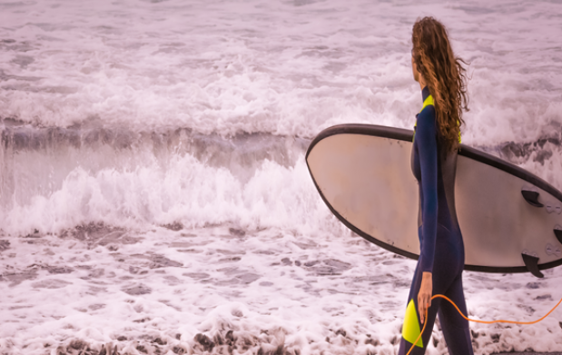 Gijón: Clases de surf+alojamiento todo incluido