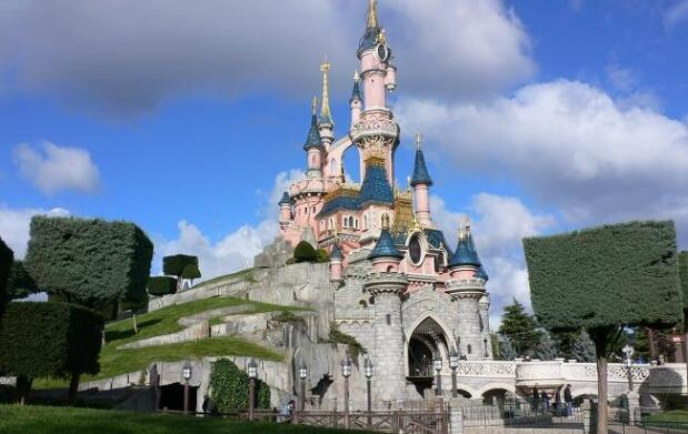 Disfruta de Disneyland París 2 ó 4 noches