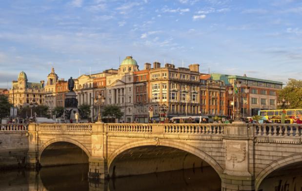 Dublín: Curso de inglés y alojamiento
