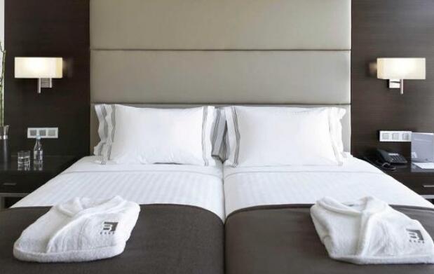 Oporto, 2 ó 3 Noches en Hotel 4*