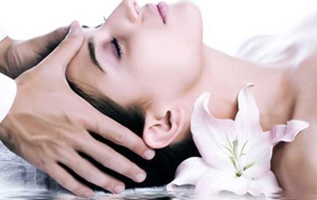 Higiene facial + ácido hialurónico
