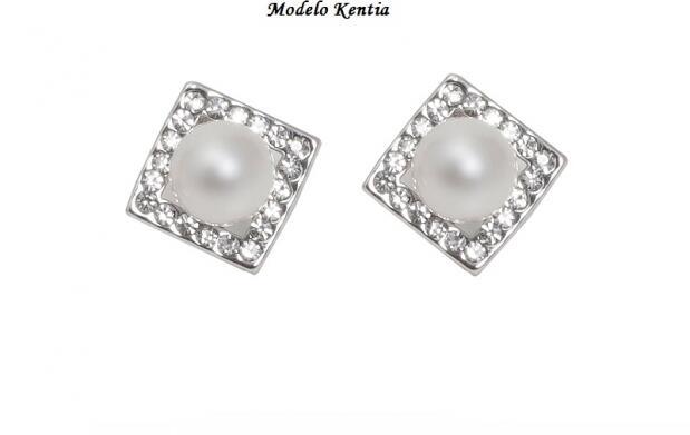 Pendientes bañados en oro blanco, cristales y perlas with Swarovski elements