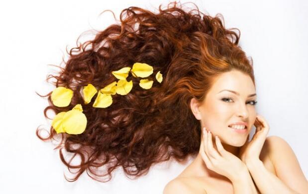 Corte, peinado y baño de keratina y oro