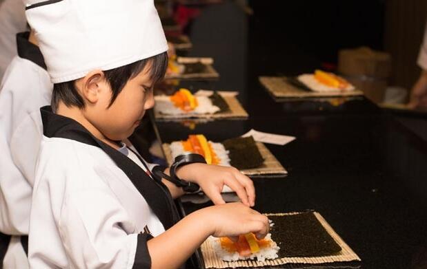 Curso infantil para hacer sushi