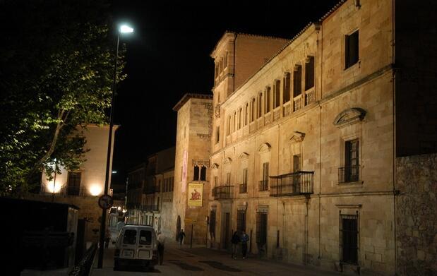 Visita nocturna de leyendas por Salamanca