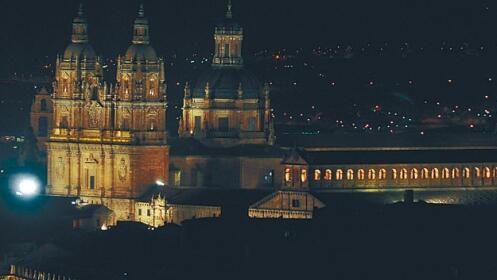 Visita teatralizada nocturna en Salamanca